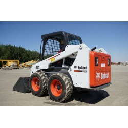 S450 COMPACT LOADER on Wheels BOBCAT